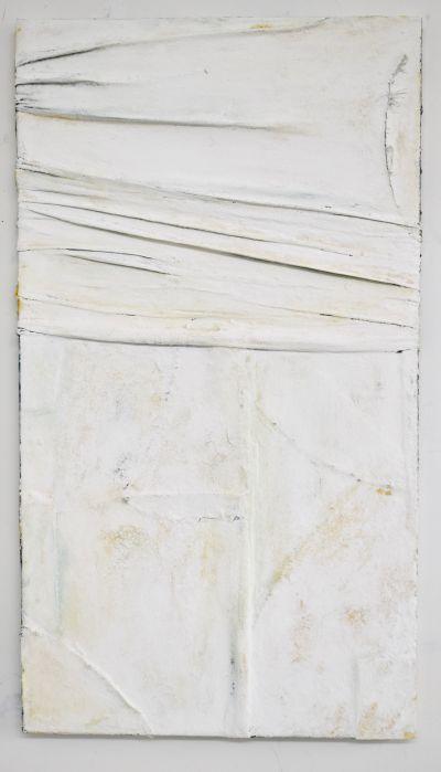5.White Pull  Wrap II, 2018, Fabric & Mixed media on canvas, 92cmx51cm.